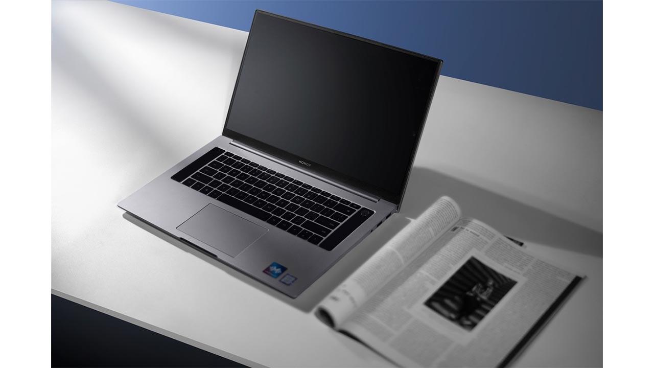 AMD Ryzen 4000 Serisi İşlemciye Sahip: Honor MagicBook Pro