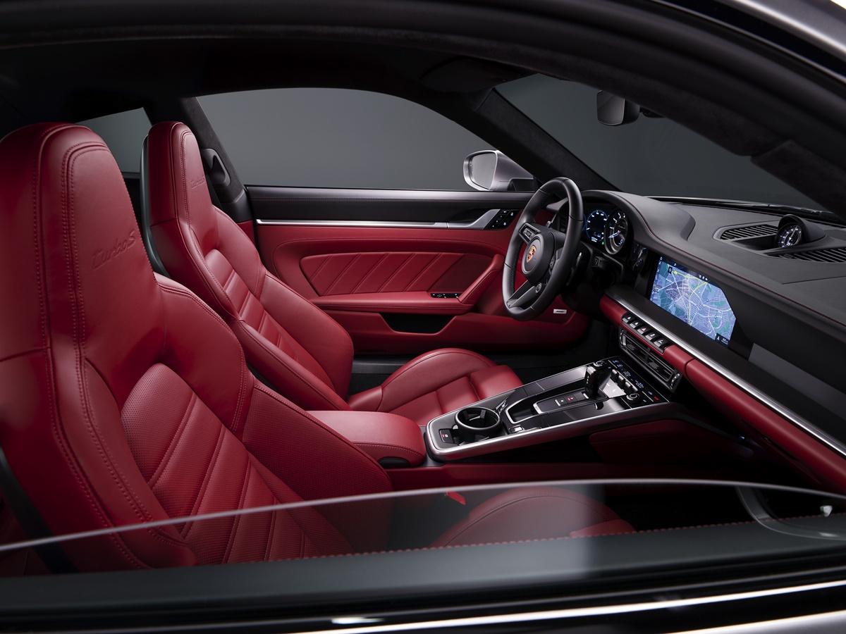 Karşınızda Yepyeni Porsche 911 Turbo S